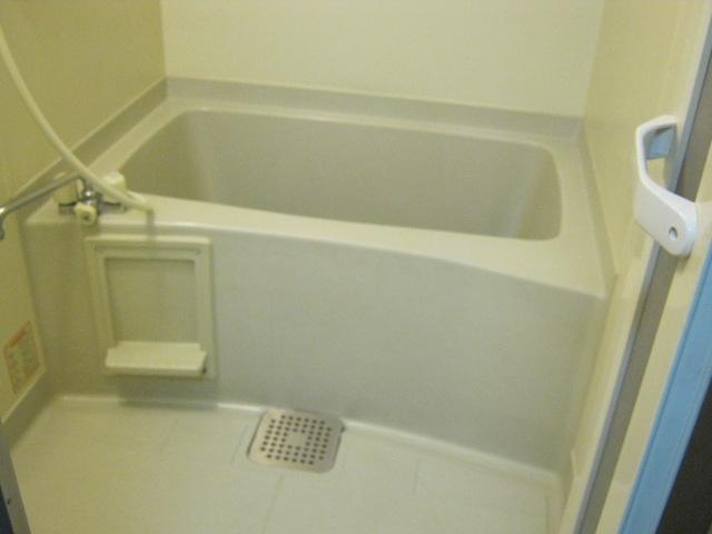 イーストマニ 3-E号室の風呂