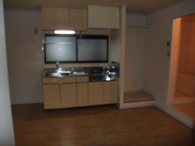 ファミールトーク 205号室のキッチン