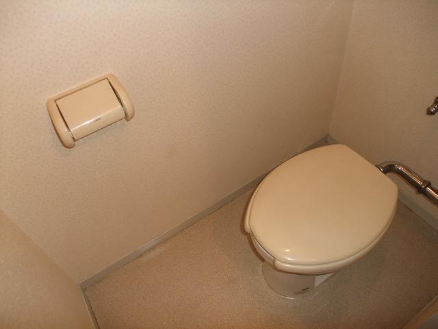 ファミールトーク 205号室のトイレ