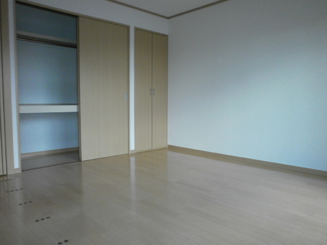 グラン 101号室の収納