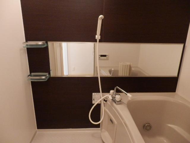 ロザージュ 101号室の風呂