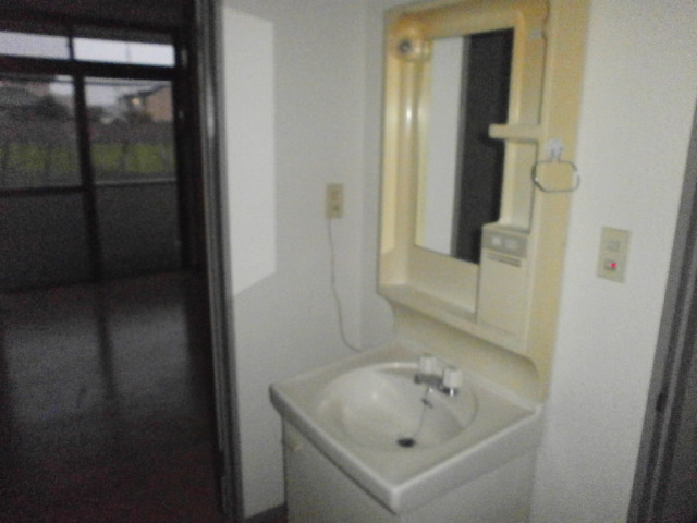 島野ハイツ 206号室の洗面所