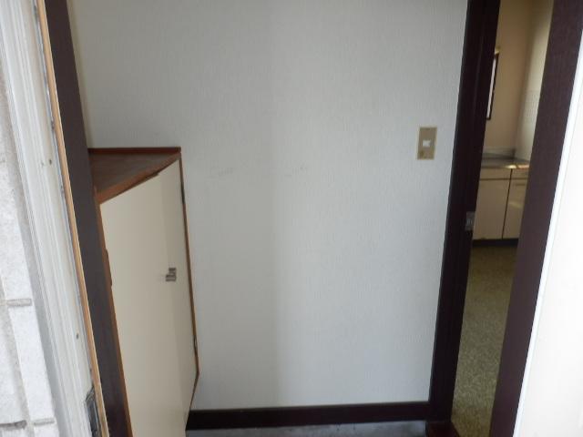 コーポ坂本 101号室の玄関