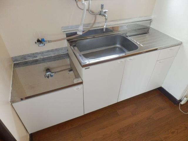 コーポ坂本 101号室のキッチン