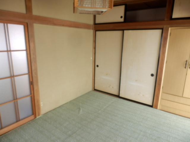 高関町貸家の収納