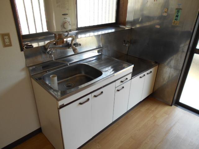 金田住宅のキッチン