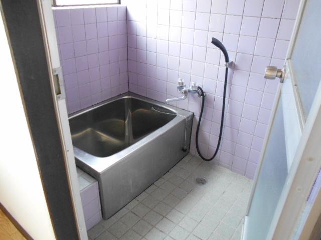 金田住宅の風呂