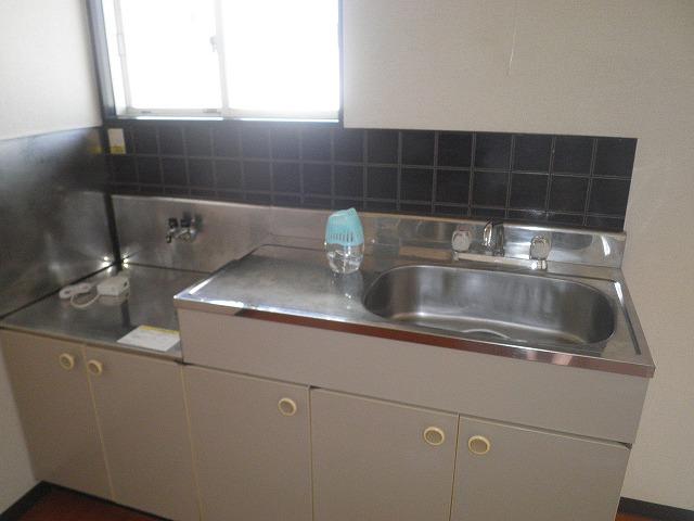 フレグランス90 B205号室のキッチン