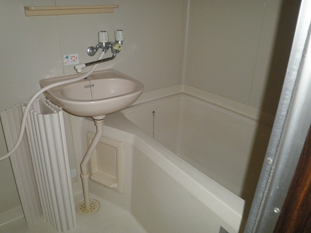フレグランス90 B205号室の風呂