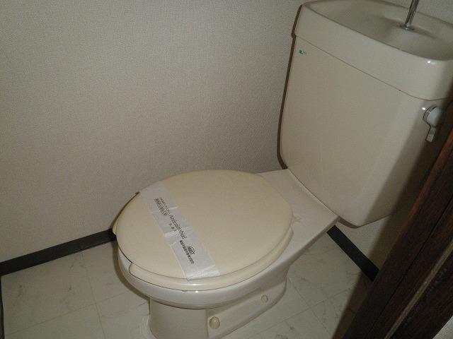 フレグランス90 B205号室のトイレ
