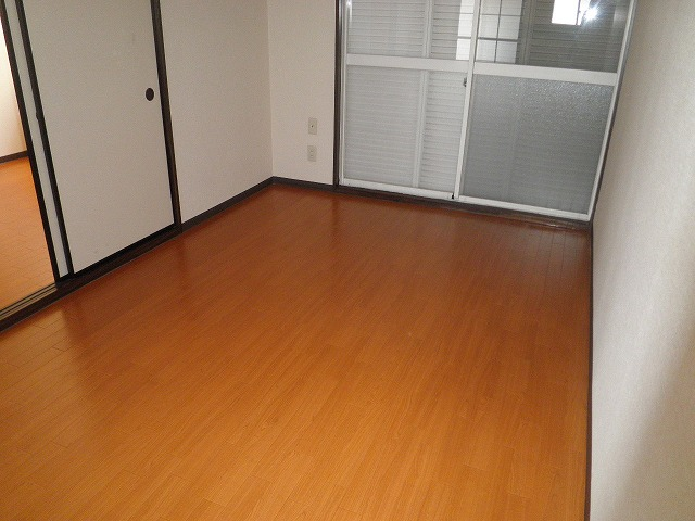 フレグランス90 B205号室の居室