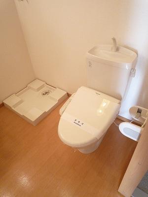 ハイツこもれび D号室のトイレ