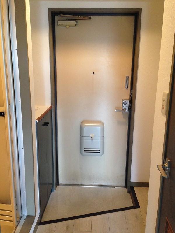 ルック神田 403号室の玄関