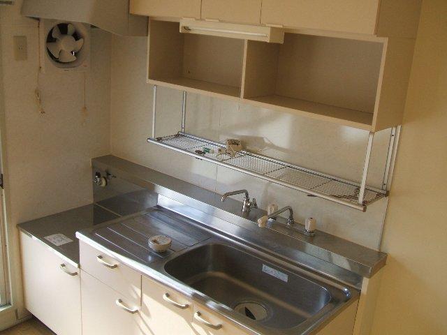 コーポ志字 302号室のキッチン