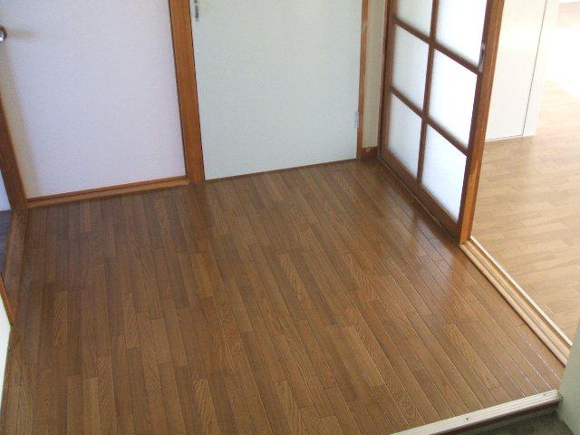 コーポ志字 302号室のその他