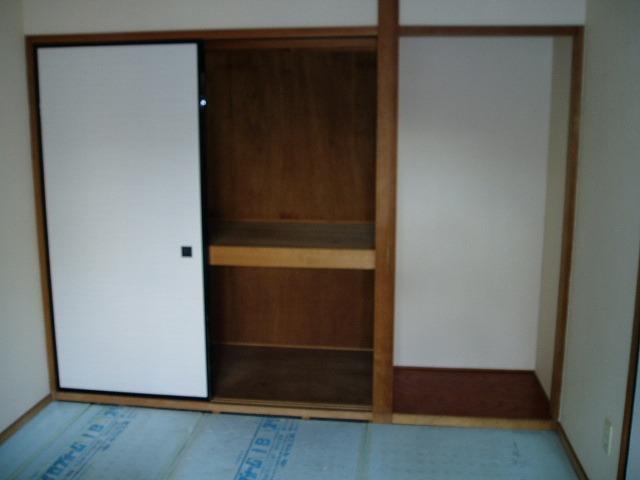 ジュネス神谷 402号室の収納