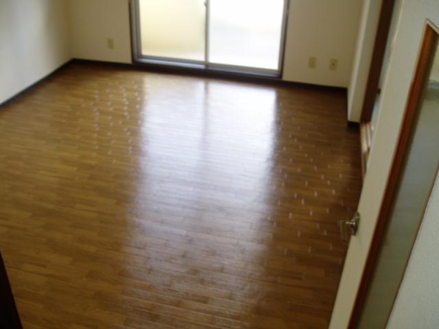ジュネス神谷 402号室の景色