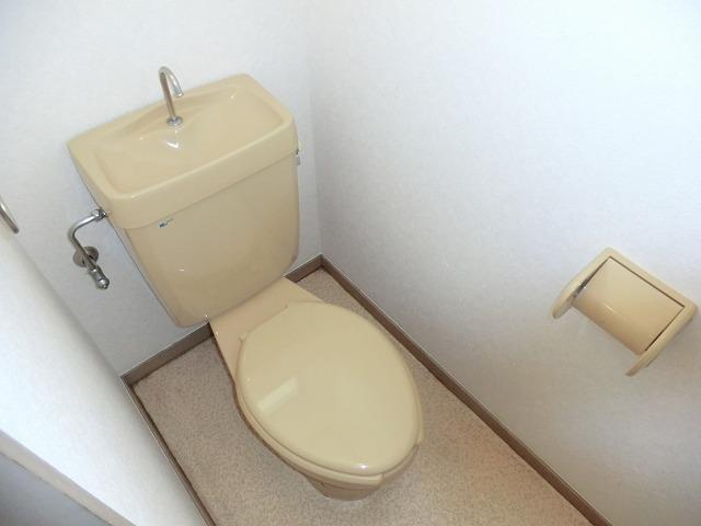 コーポ第2キャロット 102号室のトイレ