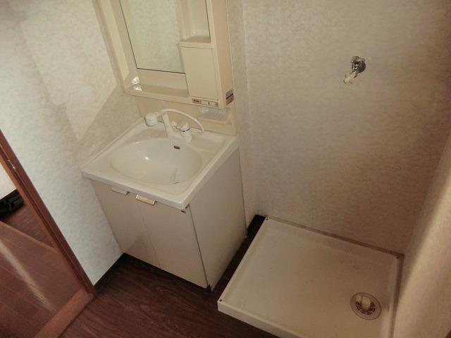 ハマイカリ今池 202号室の洗面所