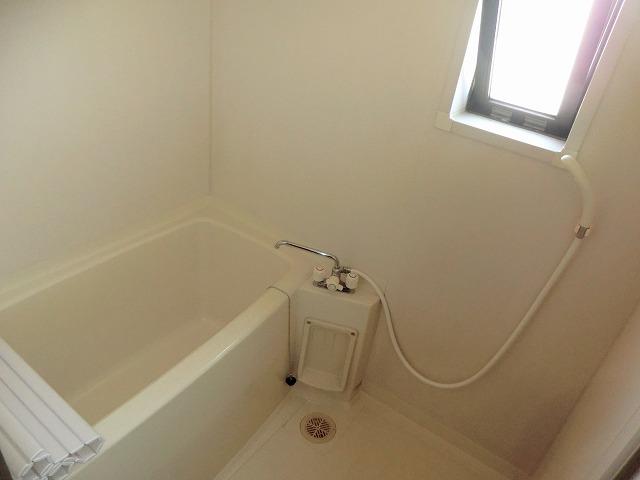 ハマイカリ今池 202号室の風呂