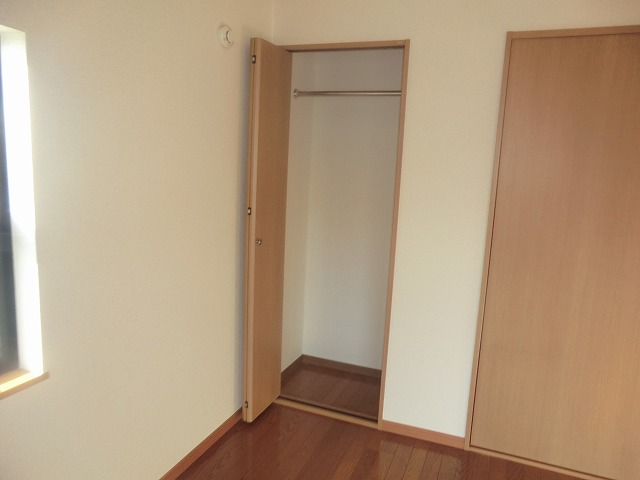 タウニー新安城B 201号室の収納