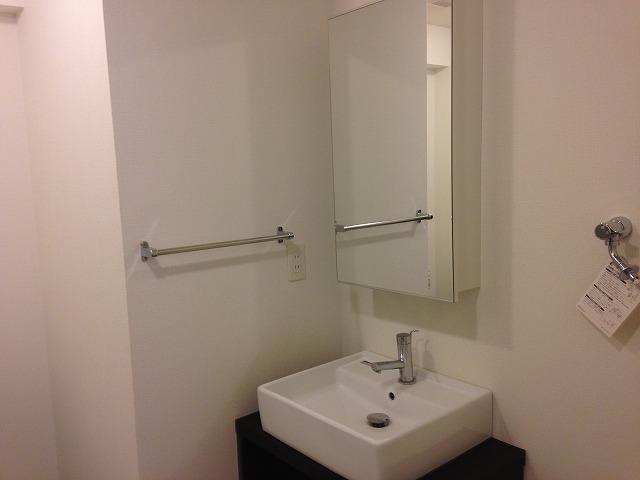 サニーウェル 206号室の洗面所