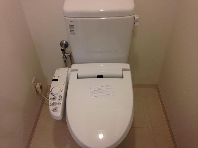サニーウェル 206号室のトイレ