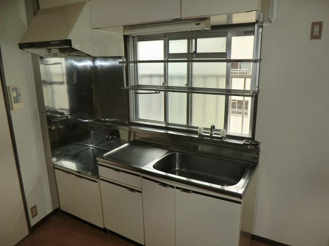 210ルミエール 314号室のキッチン