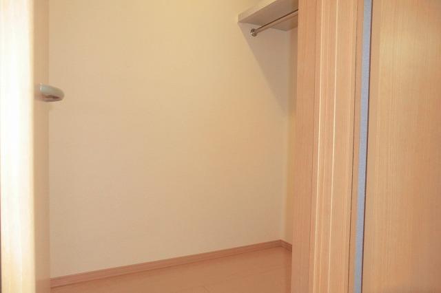 クレールアヴニール B 207号室の収納