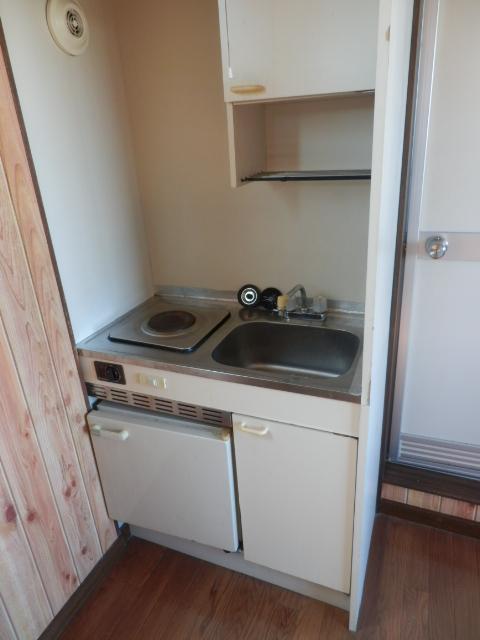 第3栄屋コーポ 201号室のキッチン
