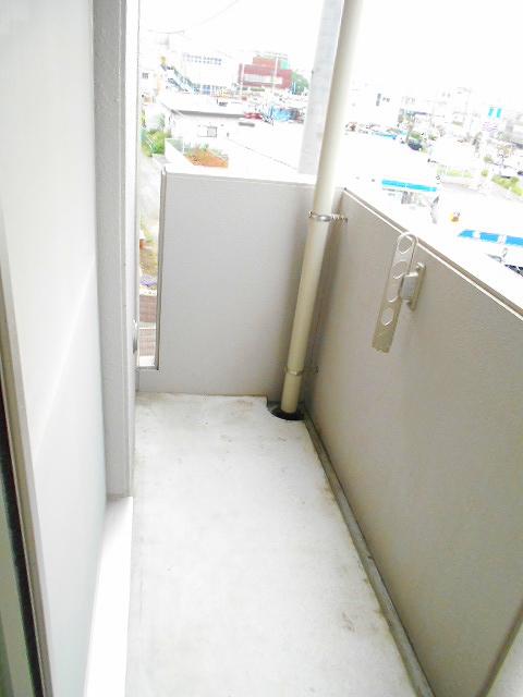 アリエッタ 301号室のバルコニー