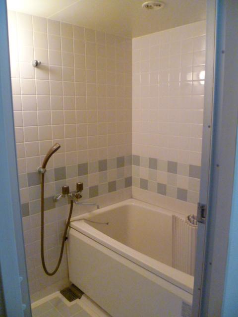 アルパインメゾン 705号室の風呂