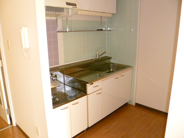 アルパインメゾン 705号室のキッチン