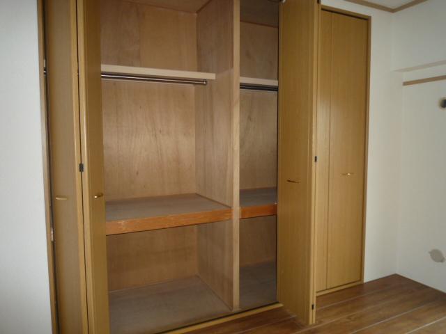 コバヤシミルクハウス 3A号室の収納