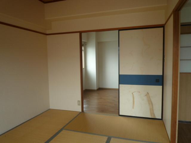 コバヤシミルクハウス 3A号室の玄関