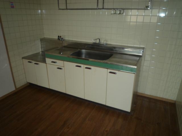 コバヤシミルクハウス 3A号室のキッチン