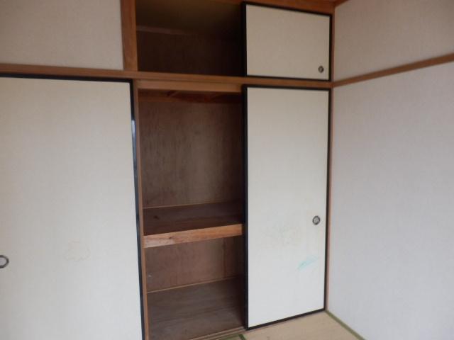 サンライズ清香 303号室の収納