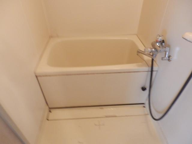 サンライズ清香 303号室の風呂