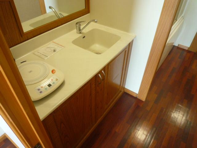 グランドモジュール慶 210号室のキッチン