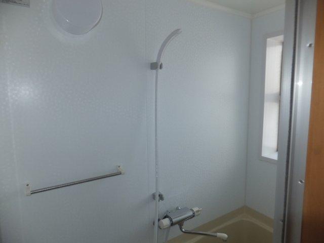 平野ビル 11号室の風呂