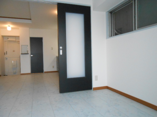 SK BUILDING-21 3B号室のベッドルーム