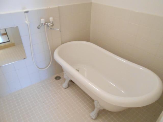 SK BUILDING-21 3B号室の風呂