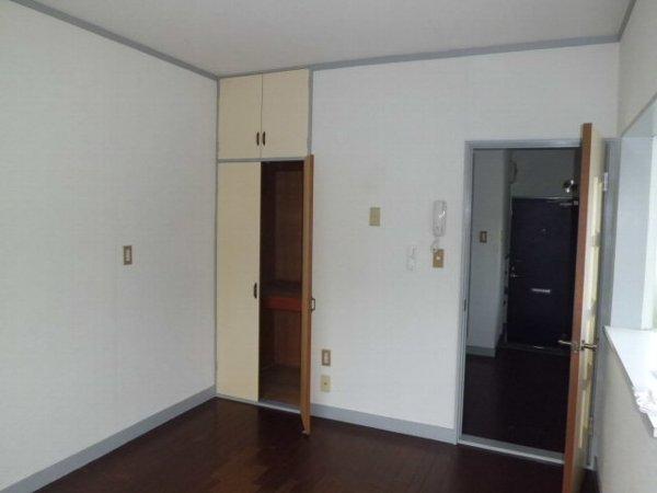 ベルリバー金沢文庫C棟 203号室のベッドルーム
