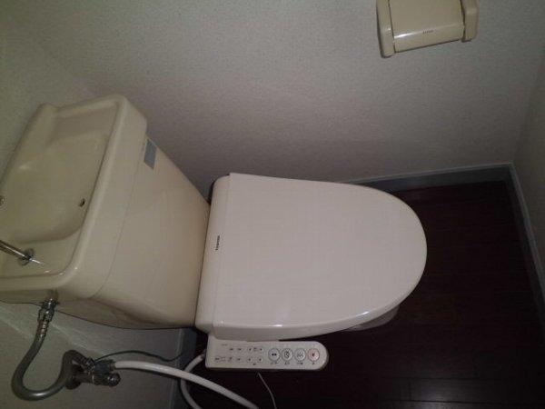 ベルリバー金沢文庫C棟 203号室のトイレ