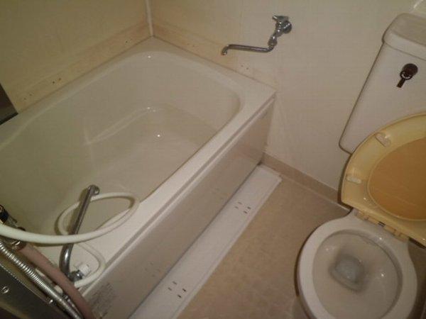 Y・D晴嵐荘 201号室の風呂