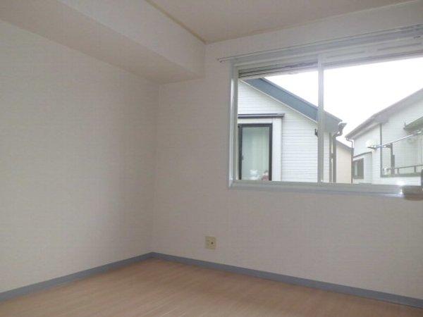 野島パークハイツ 202号室のベッドルーム