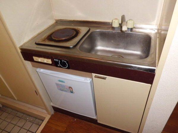 桜コーポ第2 102号室のキッチン