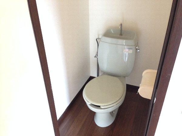 湘南グランドール PART1 201号室のトイレ