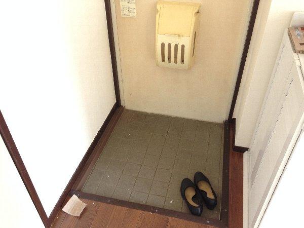 湘南グランドール PART1 201号室の玄関