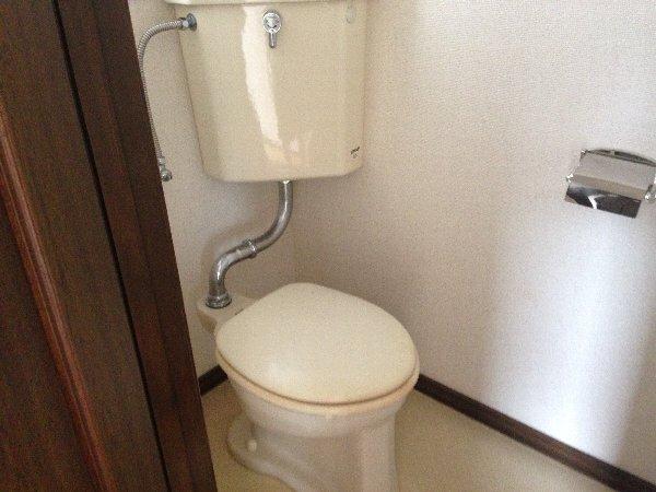 シャルム高舟台 2号室のトイレ